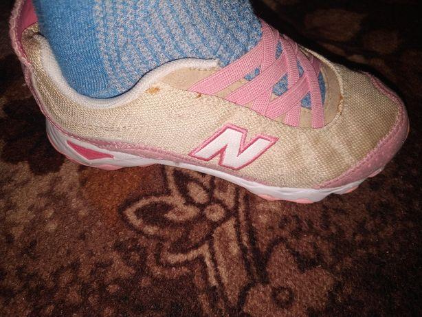 Кроссовки летние для девочки New balance, 31 рр