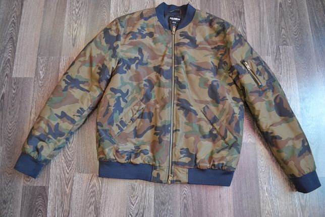 Демисезонная мужская куртка,бомбер Pull&Bear