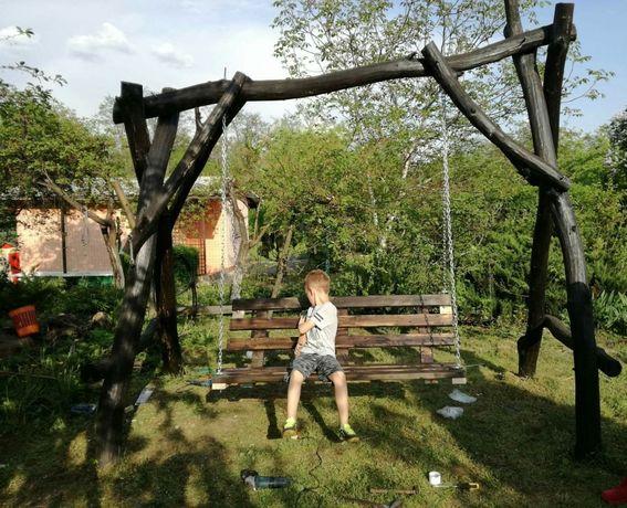 Huśtawka ogrodowa z akacji