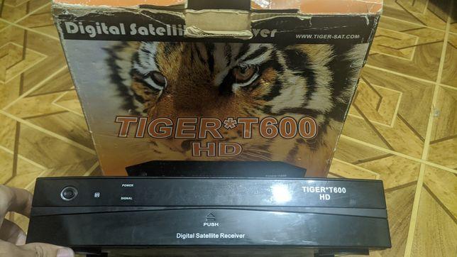 Продам тюнер Tiger T600