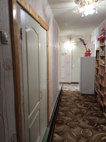 Продам 3-х комнатную квартиру в Приднепровске, за Варусом.