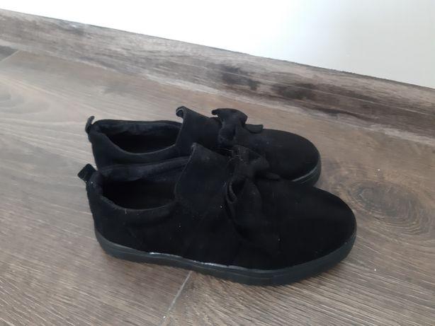 Czarne buty dla dziewczynki 33
