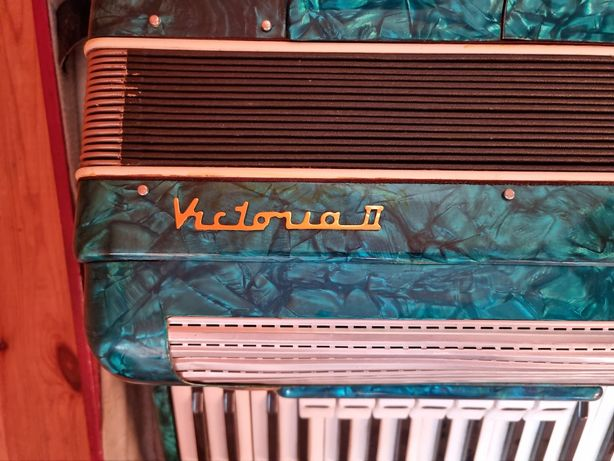 Akordeon Victoria 2