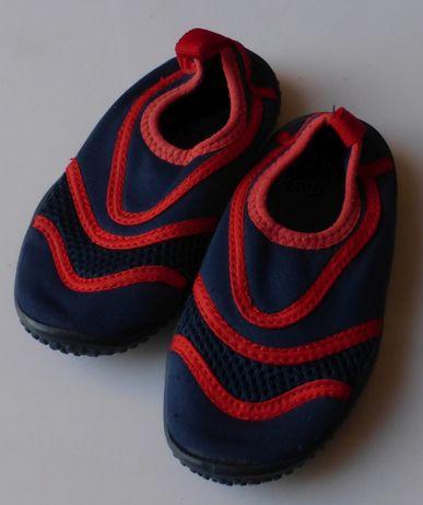 Buty do wody na plażę granatowe 24 dla chłopca buciki
