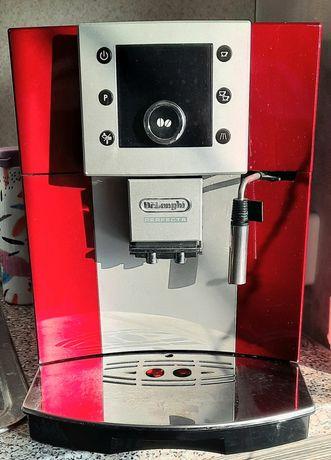 Продам кофемашину Delonghi.