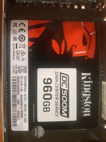 Серверная SSD Kingston DC500M 960GB 2.5 SATAIII 3D TLC (SEDC500M/960G)