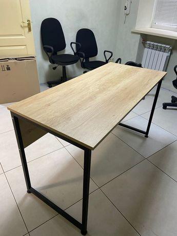 Стол офисный . Состояние нового