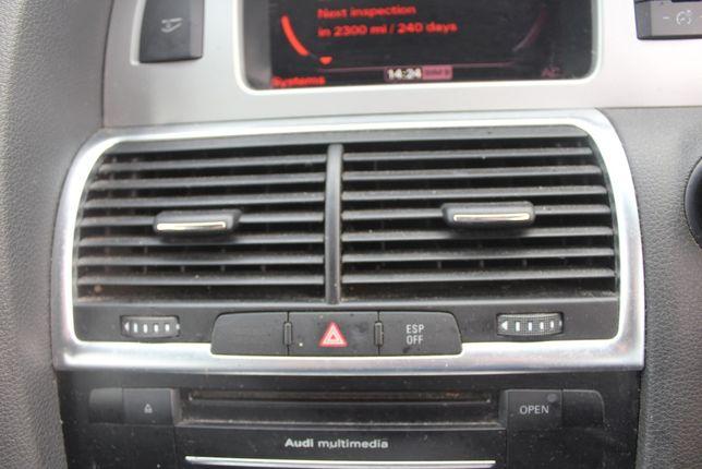 Kratka środkowa Audi Q7 4L rok 2010