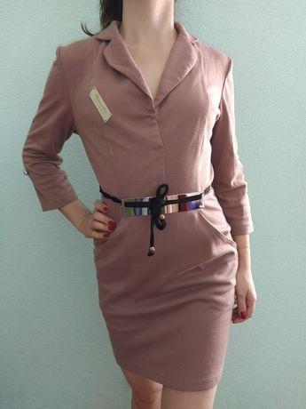 Утепленное платье с поясом, Цена 150 рублей