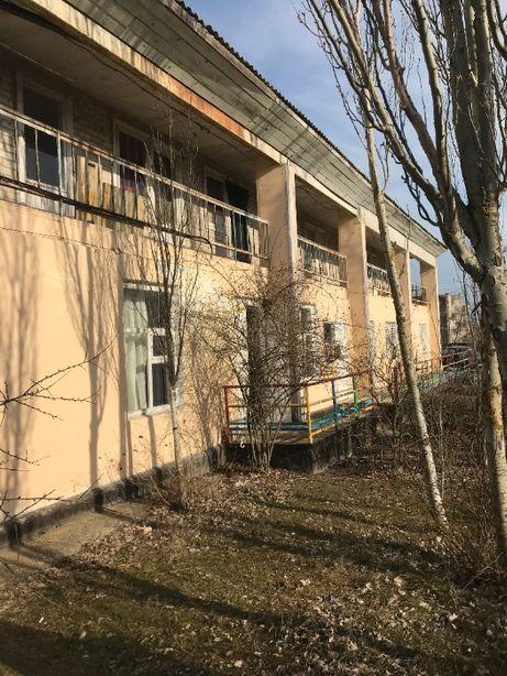Продам 2-х этажный жилой корпус на действующей базе отдыха в Кирилловк