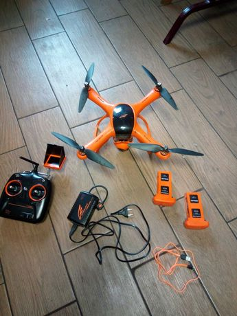 Dron Scarlet Minivet 2.4GHz RTF FPV + 2 x bateria