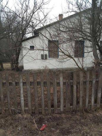 Продається квартира у приватному будинку