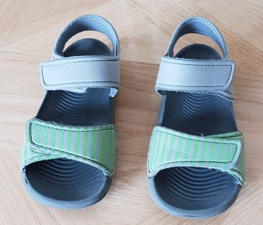 Sandałki piankowe, klapki roz. 30