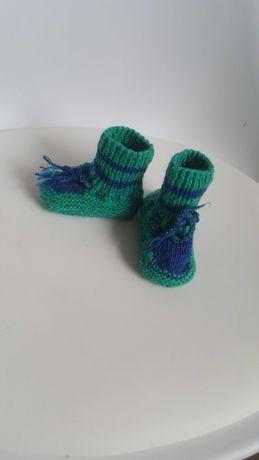 Skarpetki niechodki / buciki robione na drutach dla malucha 62-68