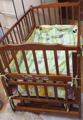 Geobi деревянная детская кроватка-манеж.