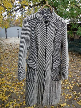 пальто женское осеннее 48 размер