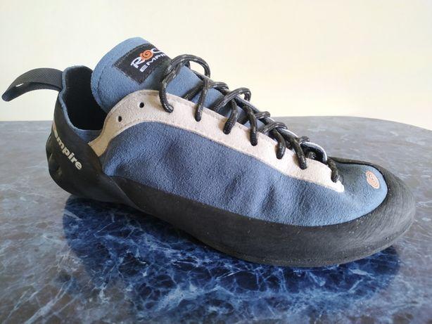 Скальные туфли Rock empire 39 scarpa скальники mammut pillars la sport