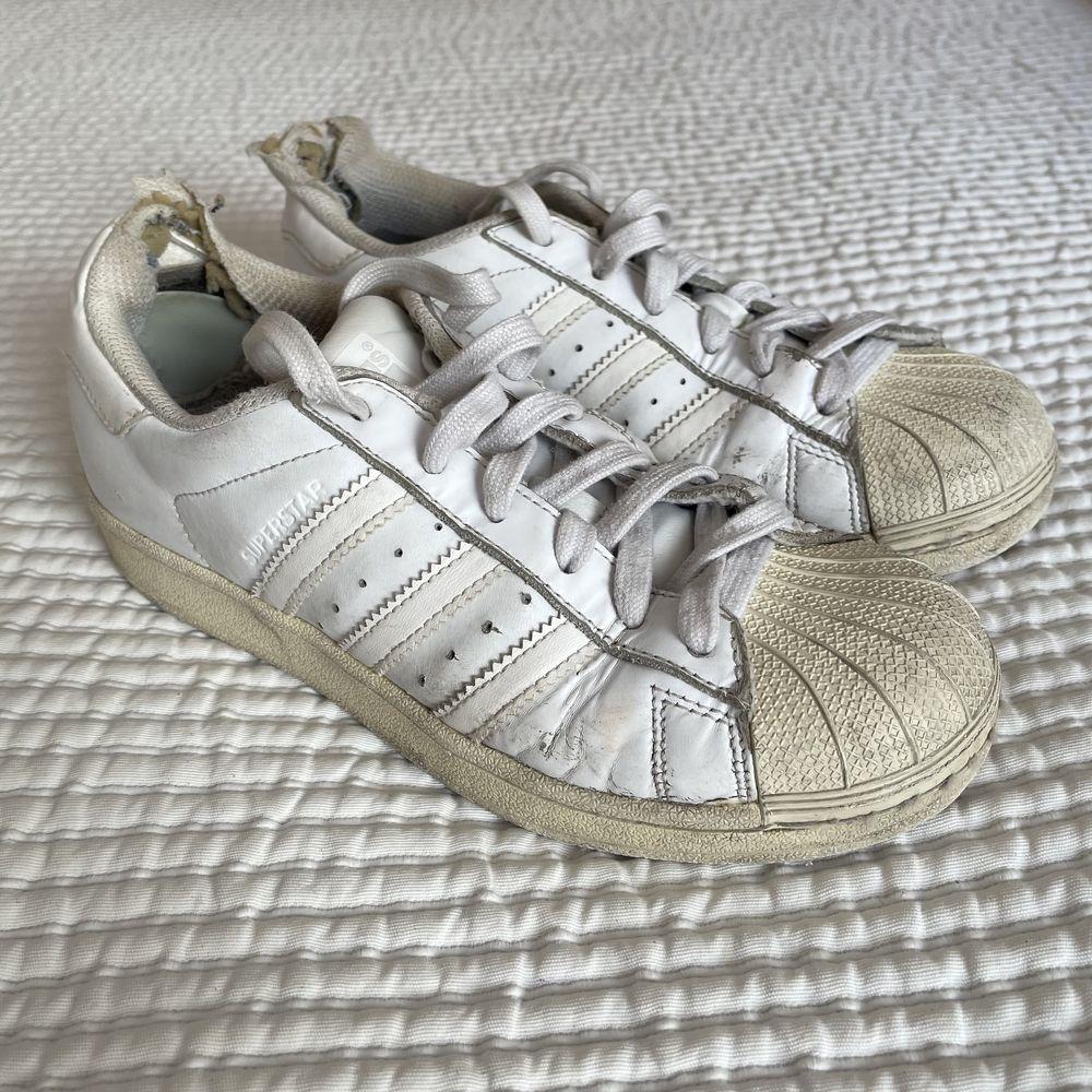 Sapatilhas Adidas Superstar brancas usadas 36