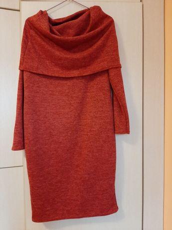 Sukienka w rozmiarze L