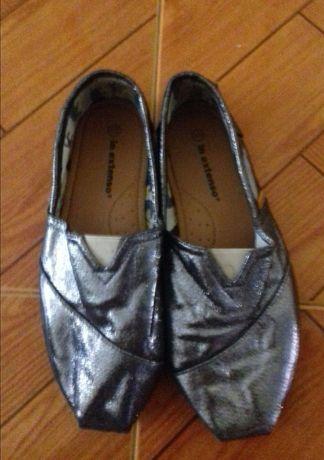 sapatos com brilhantes