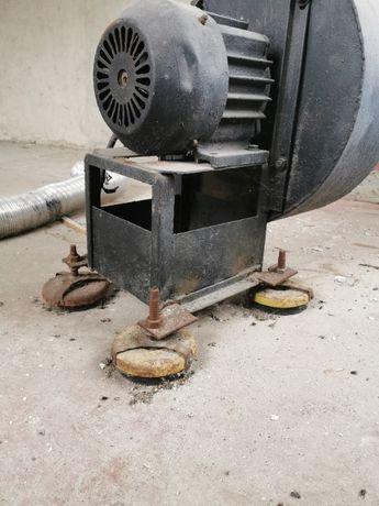 Вентилятор улитка, с беличьем колесом
