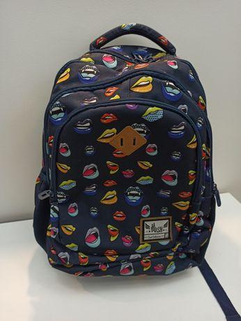 Plecak Hash cool collection usta z usztywnieniem na plecach nowy