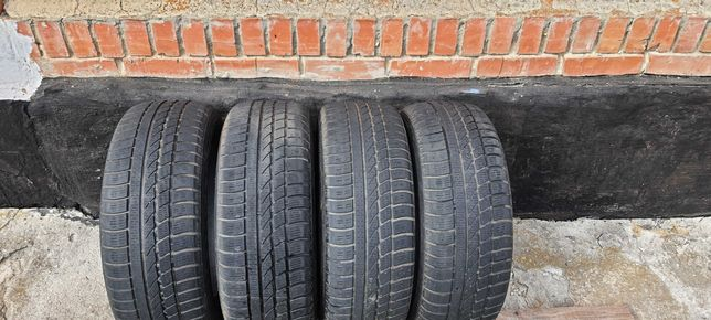 Зимові шини Hankook 205\60\R16\ 4шт. 4000 грн.
