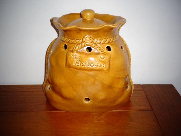 Saco para as batatas e cebolas, em cerâmica