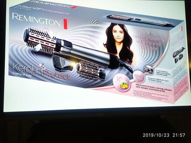 Продам вращающуюся фенщетку Remington AS8810