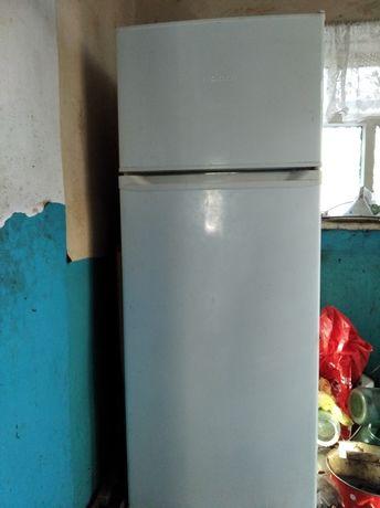 Холодильник рабочий б.у