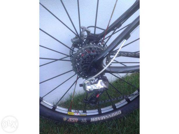 "Bicicleta Btt 26"" M carbono MSC"