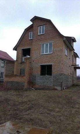 Большой дом в Яру