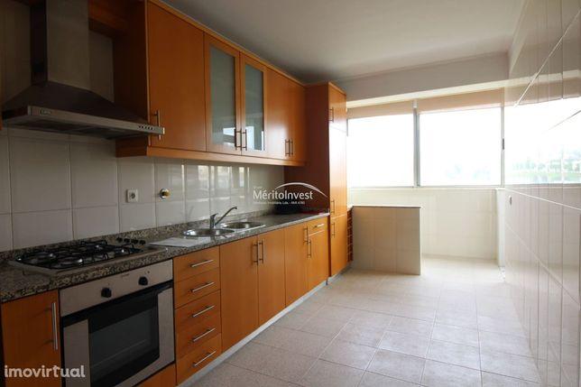 Apartamento T2 com terraço de 90m2