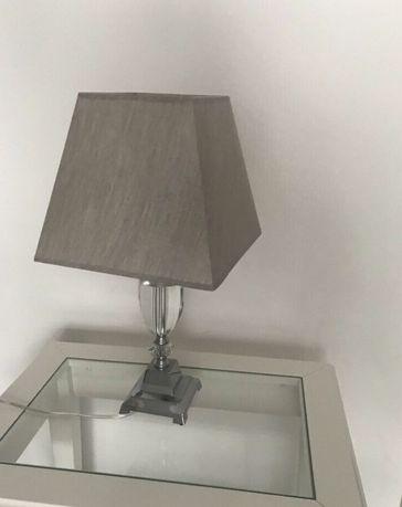 Lampka stojąca lampa nocna