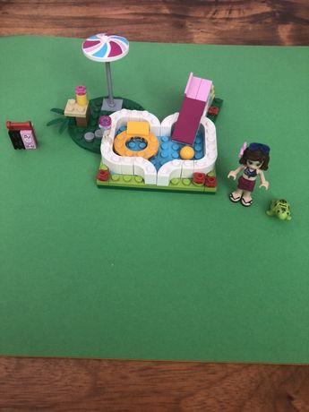 Lego Friends ogrodowy basen 41090