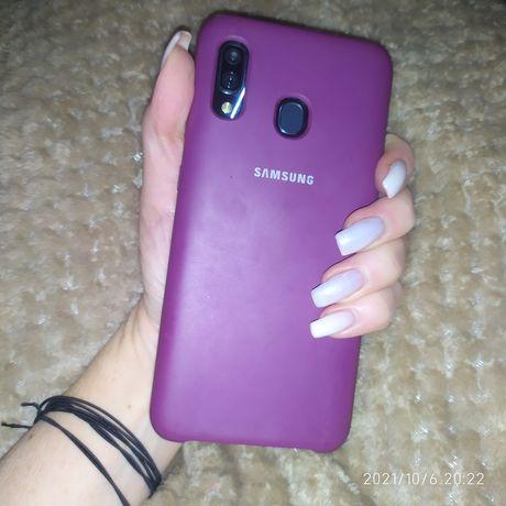 Срочно Смартфон Samsung Galaxy A30 3\32 GB 2019 Зарядка