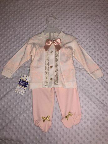 Новый нарядный костюм для крещения штаны и кофта со стразами на девочк