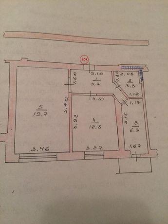 Продається 2-х кімнатна квартира в центрі міста