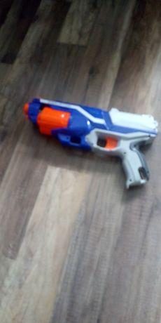 Pistolet na strzałki  Nerf