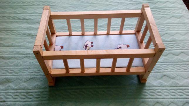 Кроватка для кукол ,натуральное дерево .