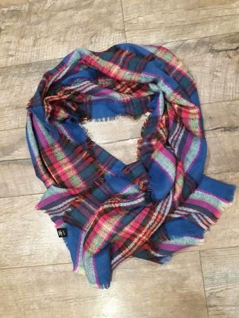 Тёплый яркий большой шарф,палантин