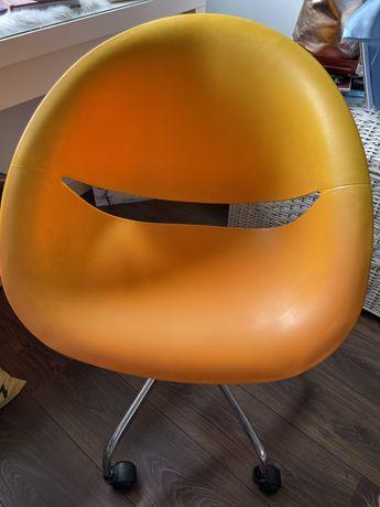 Cadeira de escritório laranja