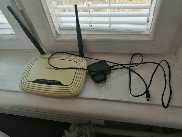 Продам роутер TP-LINK TL-WR841N 300 Мb/с, б/у в отличном состоянии.