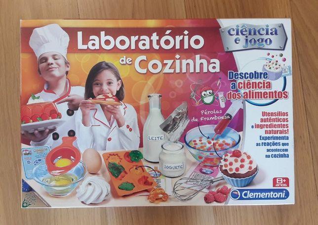 Laboratório de Cozinha - Ciência e Jogo, da Clementoni.