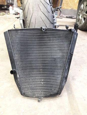 Радиатор охлаждения Honda CBR1000RR 04-05 год