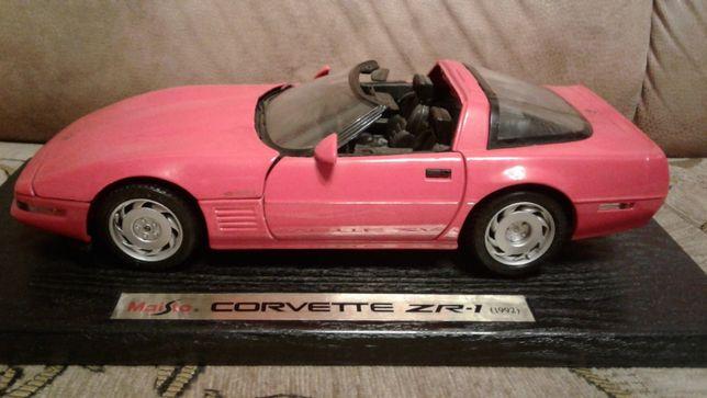 Модель автомобиля Chevrolet Corvette ZR-1 1992 1:18 (Maisto)