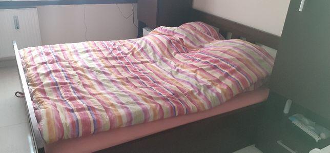 Łóżko  sypialniane drewniane