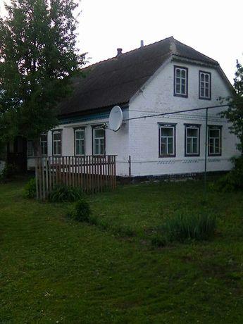 Ціна договірна.Продається чудовий будинок в селі Пізники