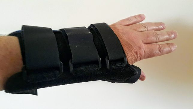 orteza kciuka i orteza kolana