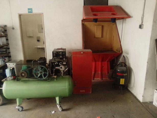 Vendo Caixa de Decapagem + Compressor